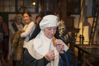 tante begijn pastoor groepen rondleiding jenevermuseum hasselt